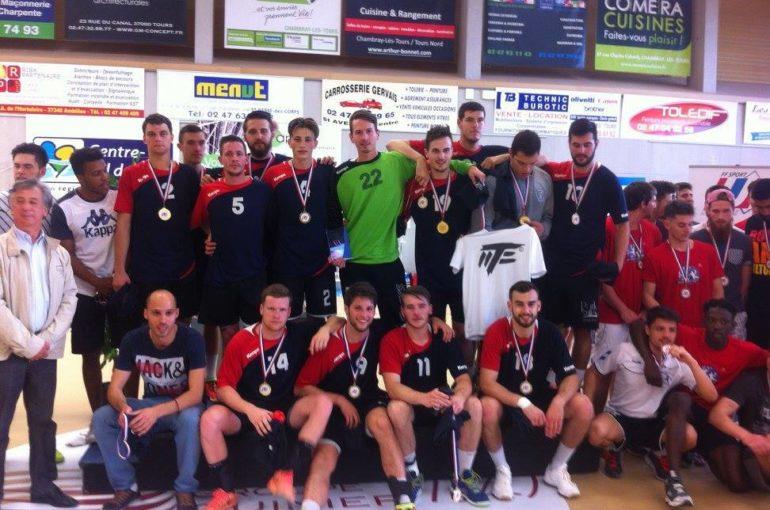 L'équipe masculine de handball est championne de France Elite 2016