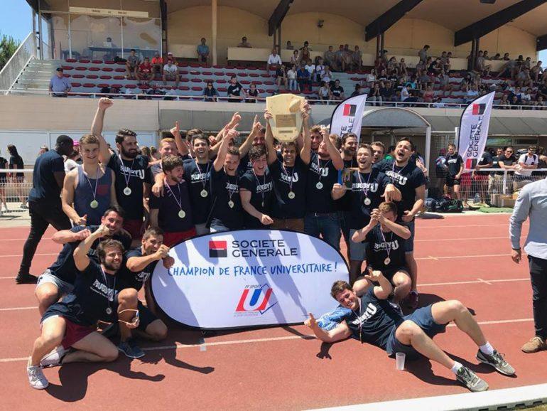 Félicitation à l'équipe de Rugby